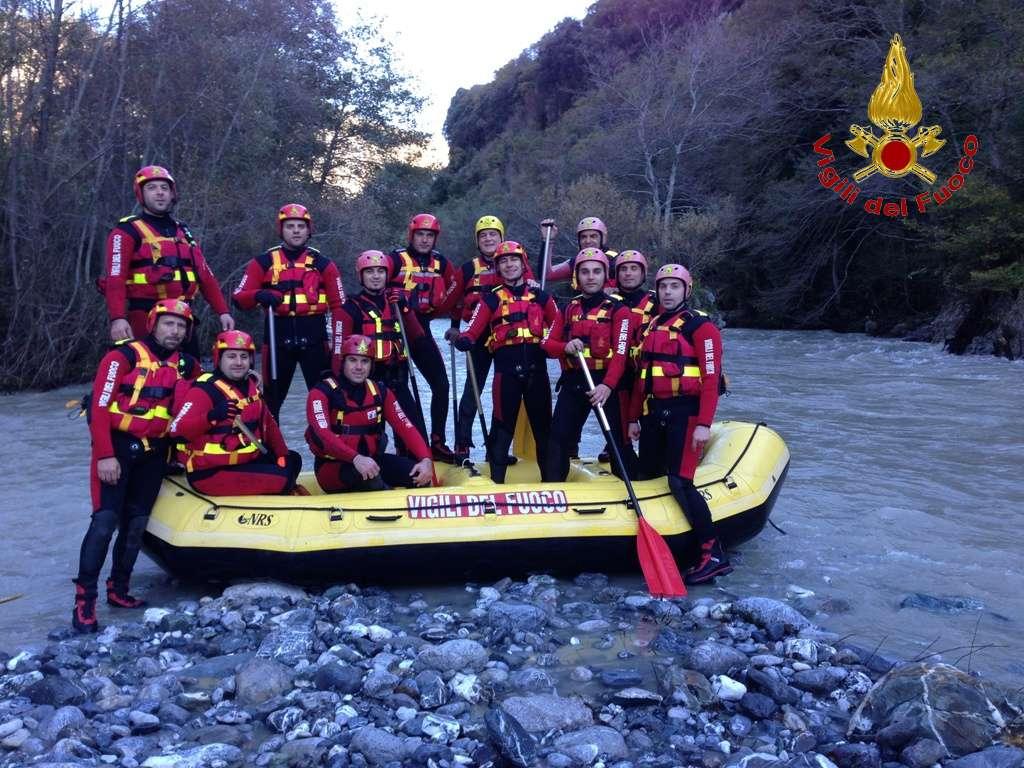 Sul fiume lao per imparare il soccorso fluviale corso per for Cabine sul bordo del fiume