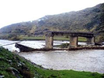 ponte crollato sul Savuto