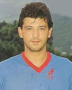 Francesco Marino con la maglia del Cosenza
