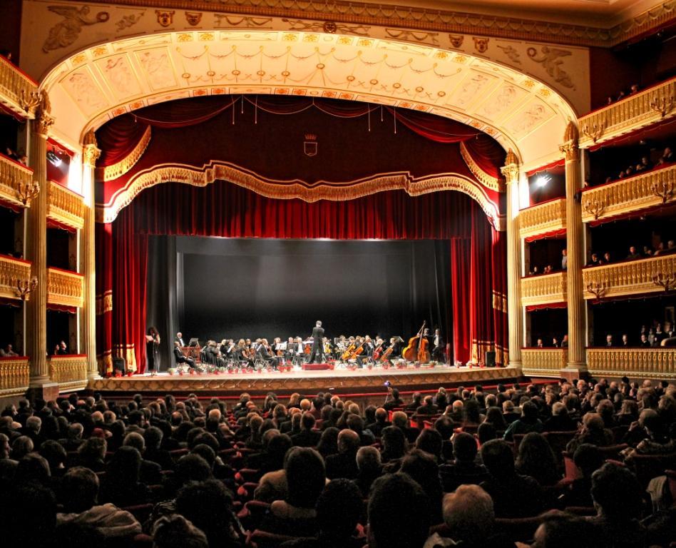 Partita la vendita dei biglietti per il concerto di for Interno 2 saluzzo capodanno