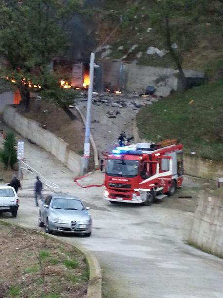Esplosione fabbrica fuochi artificio, un ferito e un disperso