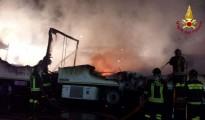 vigili del fuoco_incendio autotreni lamezia terme