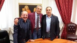 da sx il v.sindaco Aspro, il presidente Manno e il sindaco Sgrò