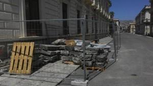 Basole storiche danneggiate, sequestrato cantiere Reggio C.