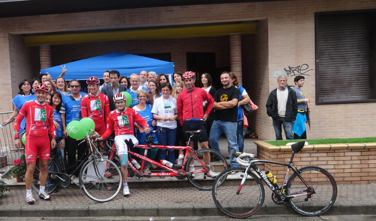 bike tour e ciclisti a soverato