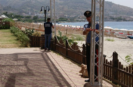 Sequestrato stabilimento balneare a Reggio Calabria