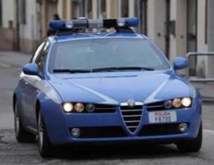 Polizia: la volante della questura di Aosta