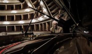 """Il pianista Franco D'Andrea, uno degli artisti del cartellone  di """"A Jazzy Christmas"""" a Roccella Jonica. fonte: Ansa Calabria"""