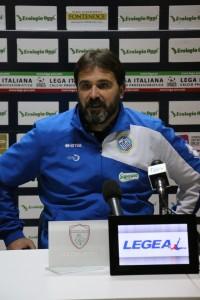 allenatore Fidelis Andria D'Angelo