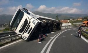 Incidente camion autostrada