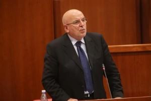 Mario Oliverio in Consiglio regionale