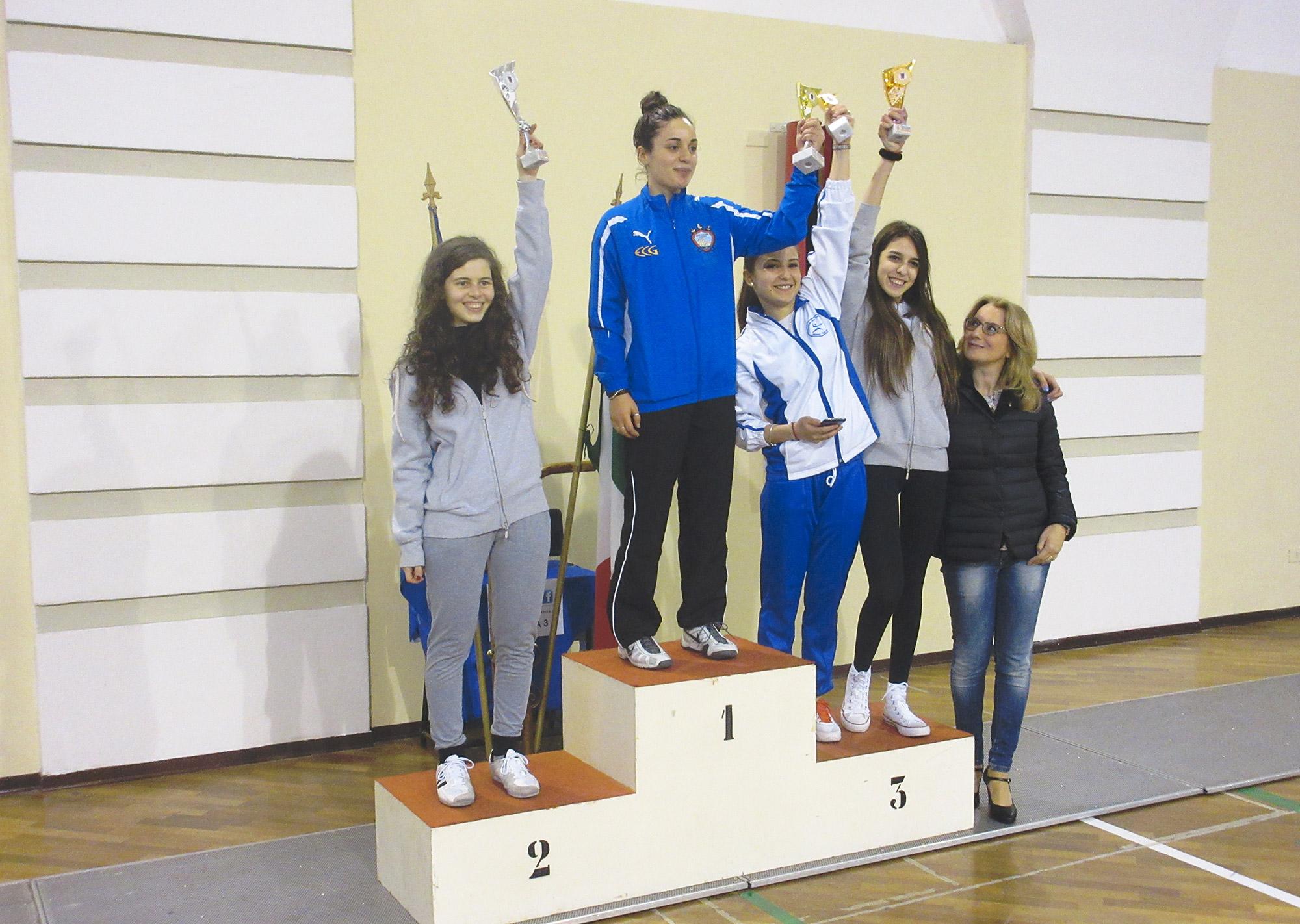 1-podio-fioretto-femminile