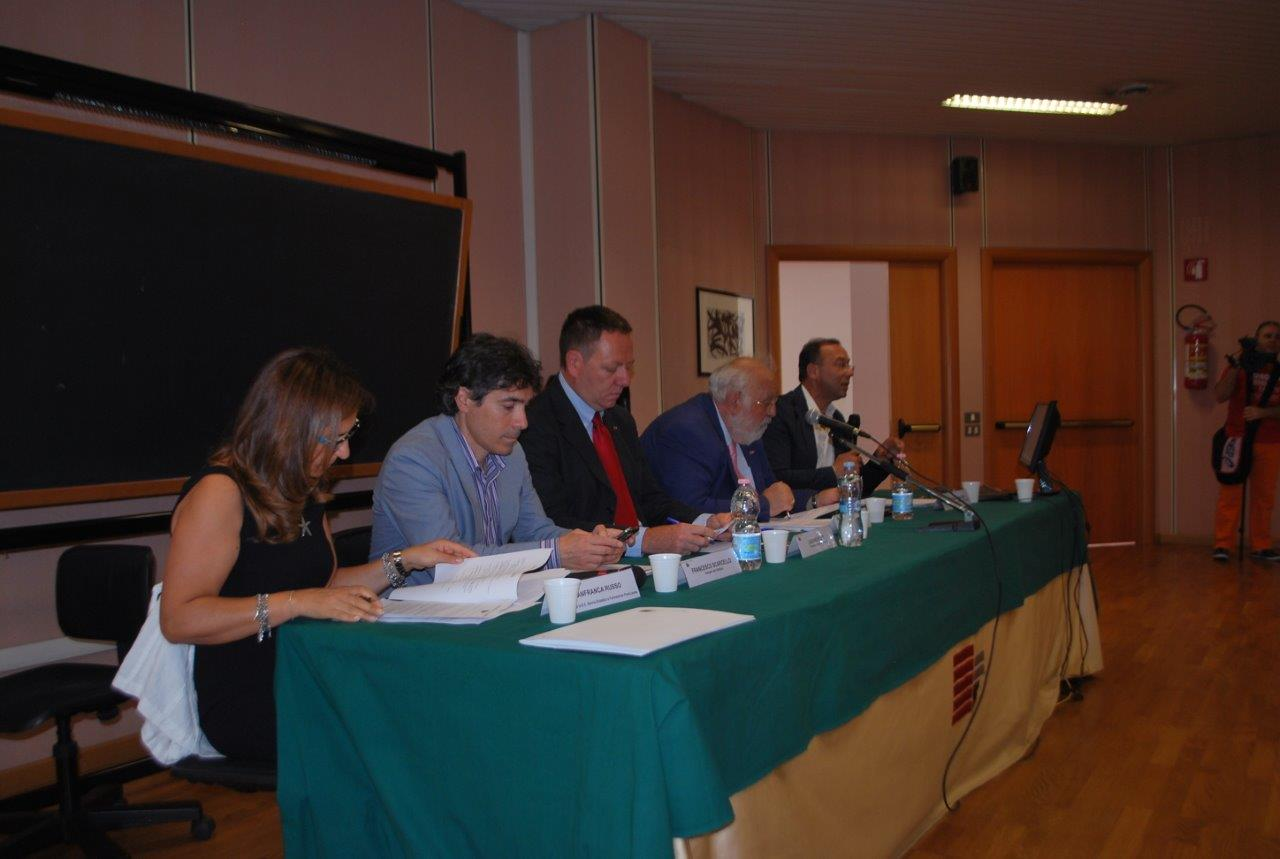conferenza stampa1