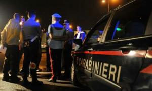 gazzella-dei-carabinieri-indagini-nella-notte