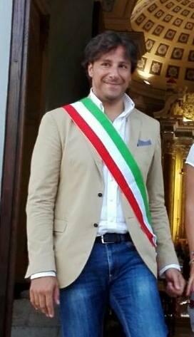 sindaco Lucio Di Gioia
