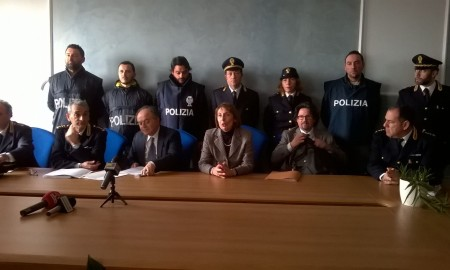 arresti gimpà gratteri polizia
