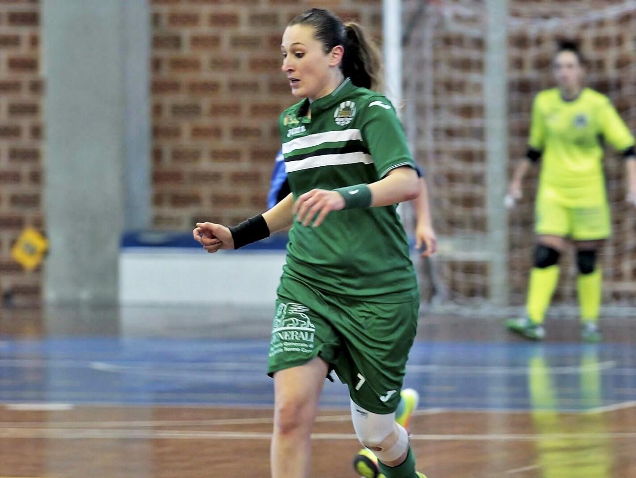 Anna Leone