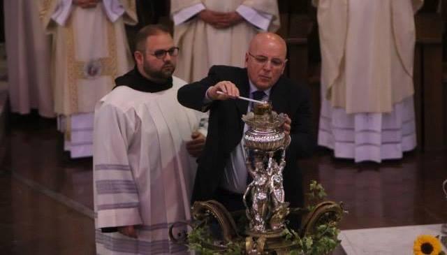 Oliverio accensione lampada votiva a Paola