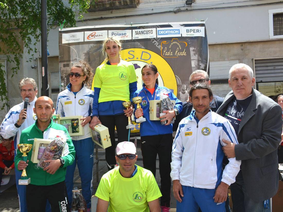 podio corricastrovillari VI edizione 2017_o