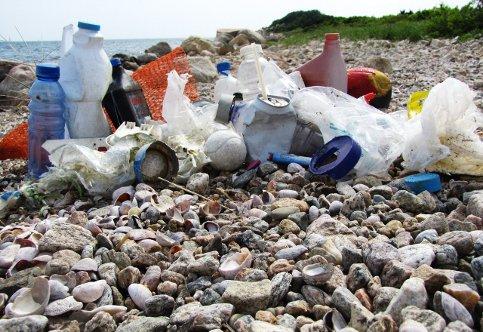 spiaggia-sporca (1)
