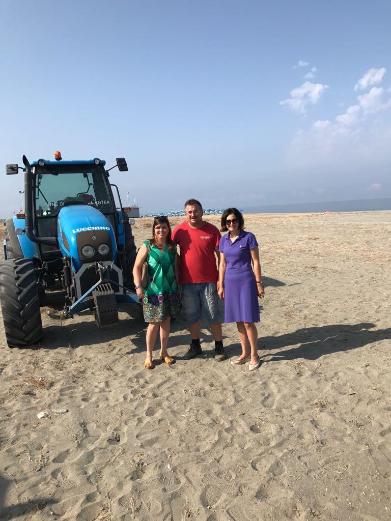Emma Pati e Concetta Veltri sui cantieri delle spiagge