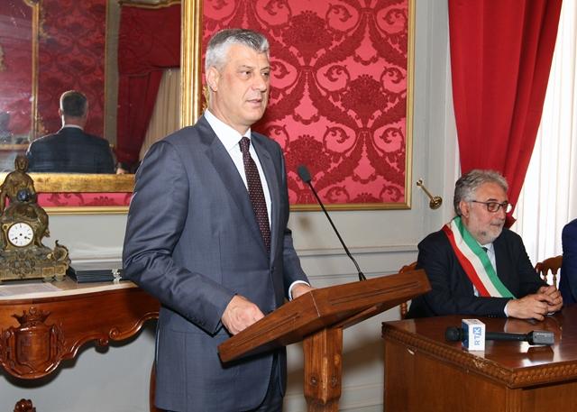 VISITA PRESIDENTE KOSOVO (48)
