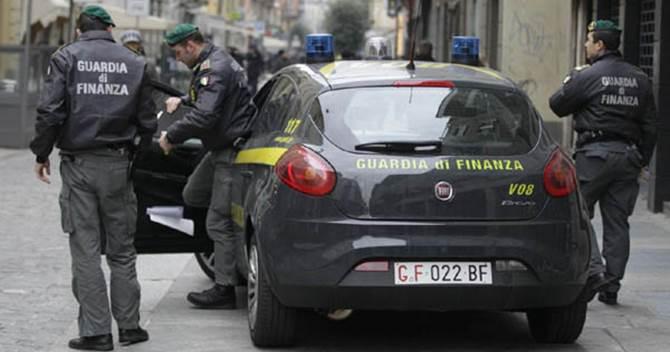 Milano, controlli della Guardia di Finanza