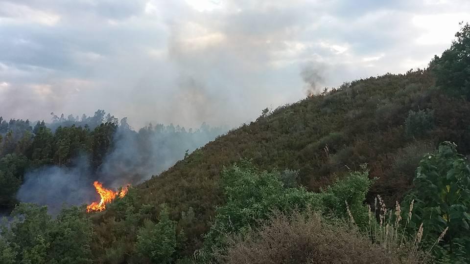 incendio discarica castrolibero2