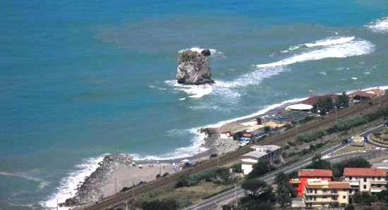 spiaggia_guardia_piemontese