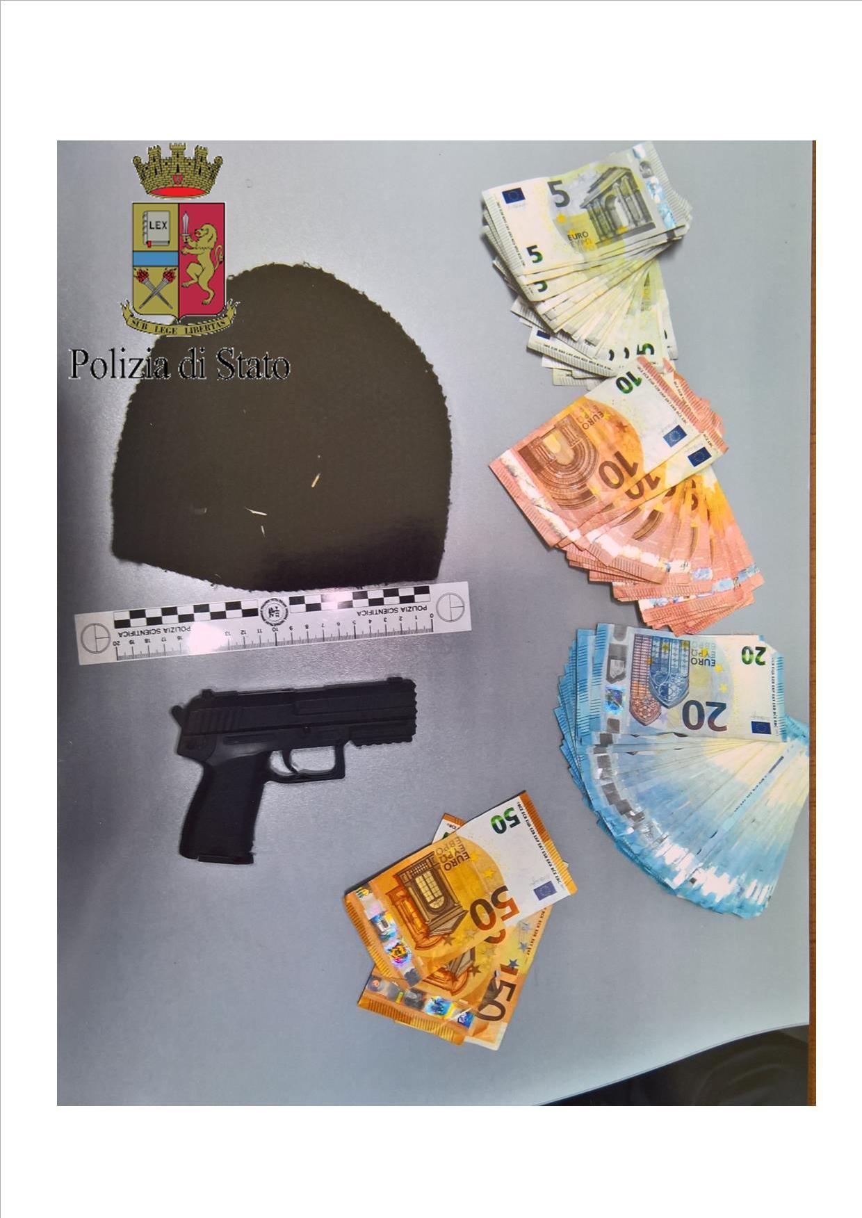 PIST REF E SOLDI RAPINA BAR -001