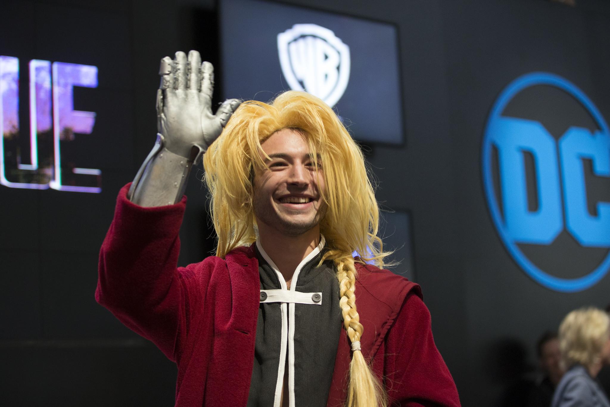 ezra miller in cosplay