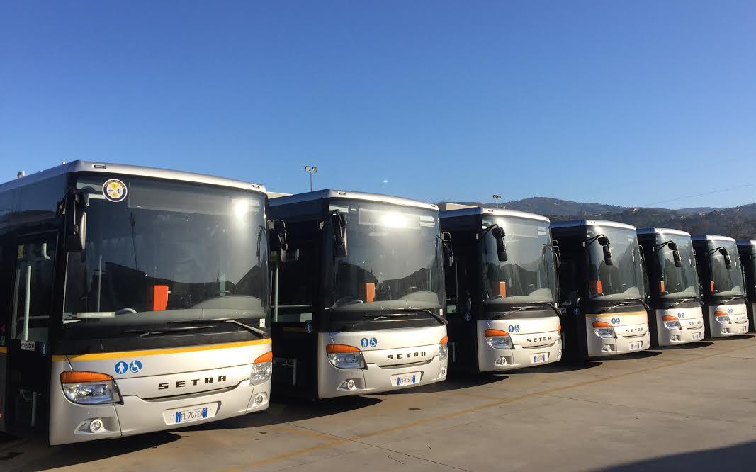 Nuovi autobus di linea che collegheranno rende con cosenza for Interno unical