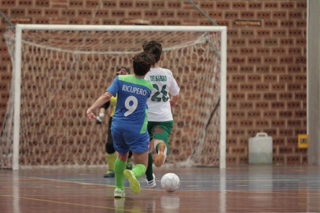Royal – De Sarro sta per scoccare il tiro per il 4-0