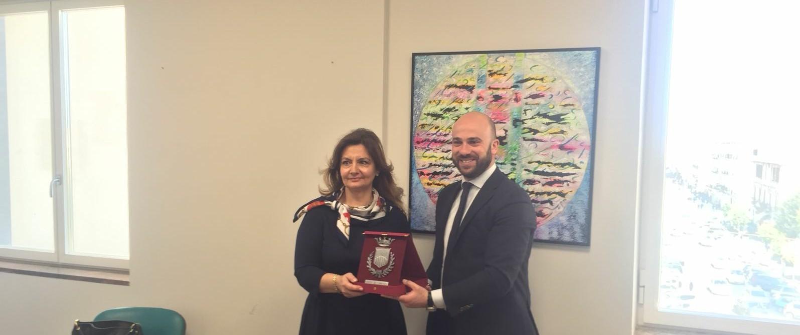 il Console Generale di Romania e il Presidente del Consiglio comunale Pierluigi Caputo~2