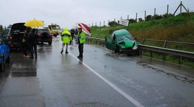 incidente_stradale_corigliano_ottoetrenta