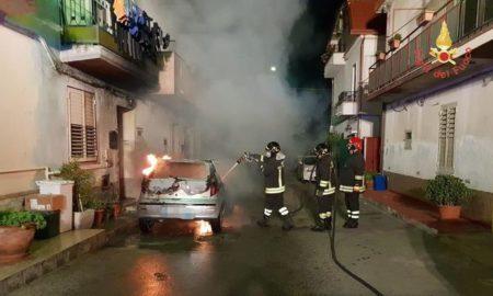 fiamme incendio Botricello