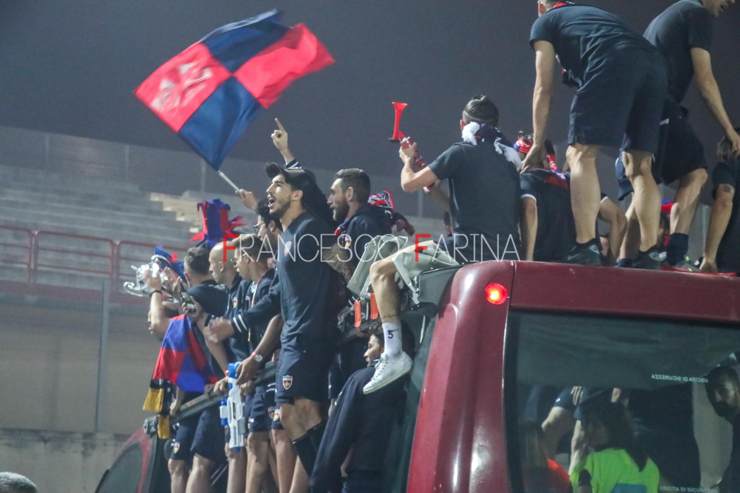 festa Cosenza in Serie B