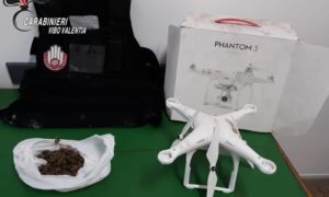 Droga stupefacenti, giubbotto antiproiettile e drone