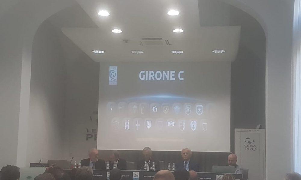 Calendario Vibonese.Calendari Di Serie C Il Catanzaro Esordira In Casa Il