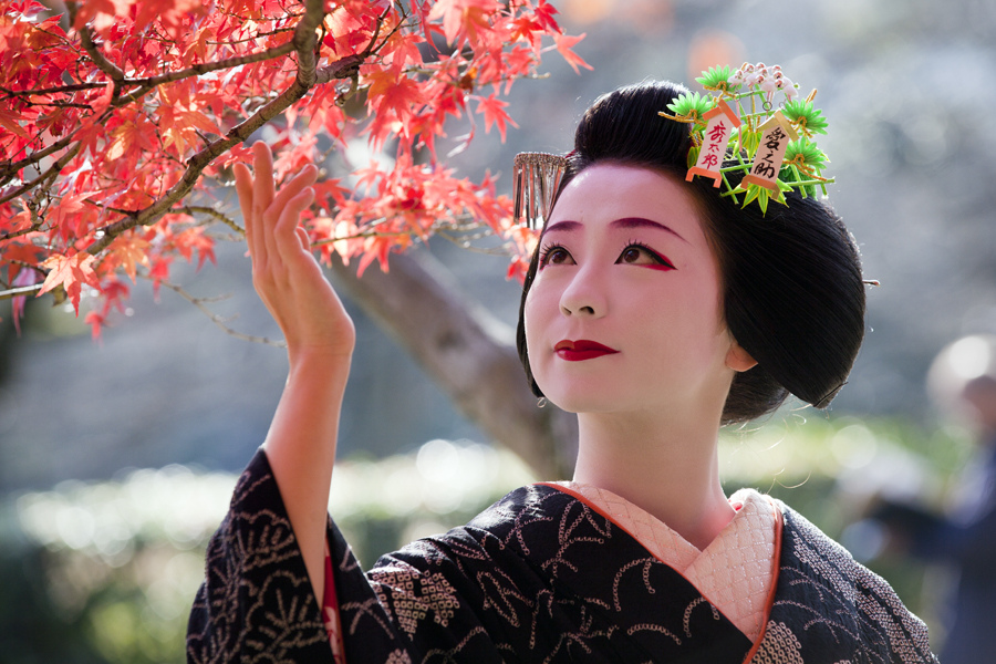 geisha-autunno-matsuri-giappone