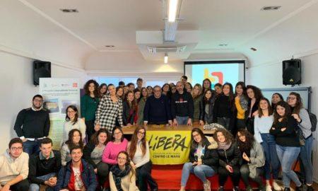 Gli studenti dell'Unical con Don Demasi nel Centro Puglisi a Polistena