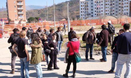 Prendo casa occupano cantiere metropolitana leggera a Cosenza