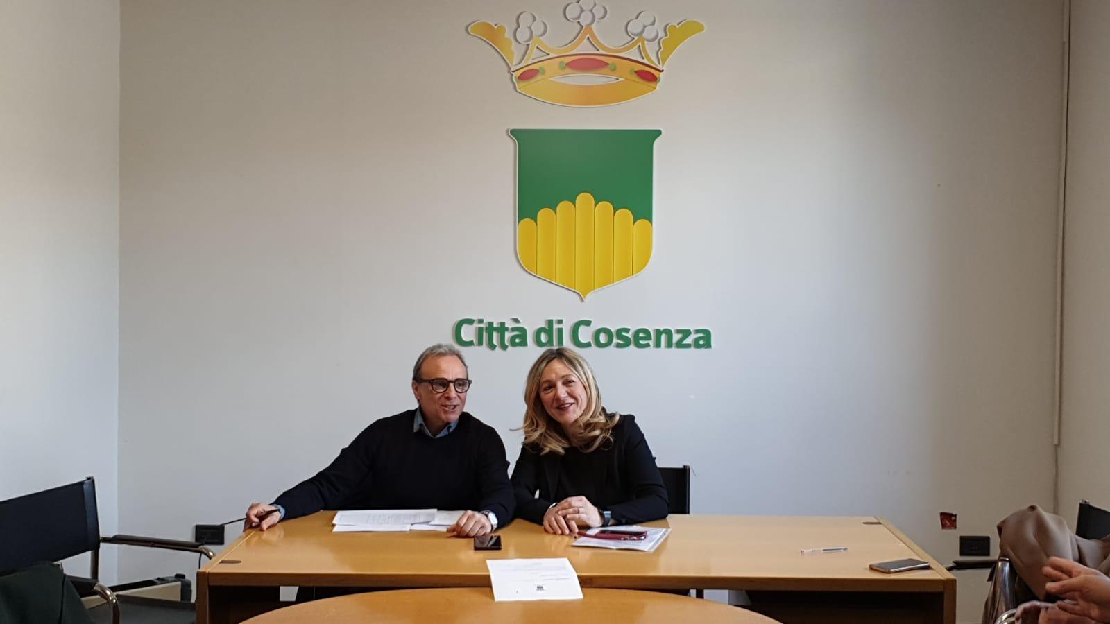 la Presidente della Commissione consiliare attività economiche e produttive Annalisa Apicella