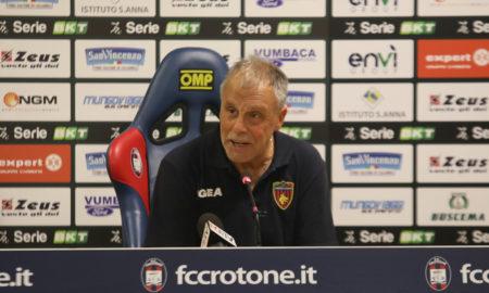 Piero Braglia nel dopo gara di Crotone - Cosenza (foto sito ufficiale)