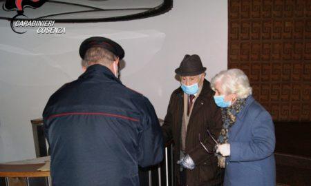 Carabinieri consegnano pensioni 3