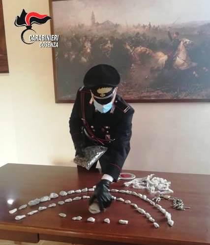 Carabinieri-arresto-marijuana
