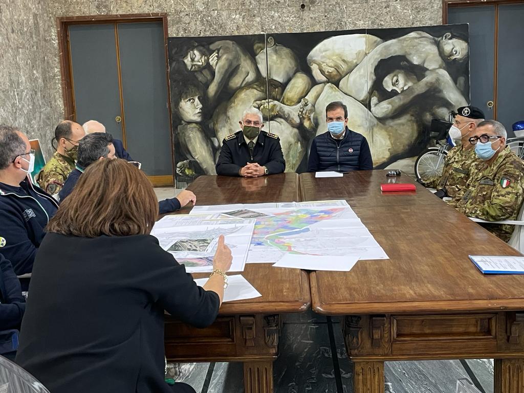 incontro a Palazzo dei Bruzi tra il Sindaco e i rappresentanti dell'esercito